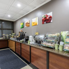 Отель Quality Inn & Suites Los Angeles Airport - LAX питание
