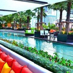 Отель Holiday Inn Bangkok Sukhumvit Бангкок бассейн фото 3