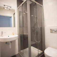 Отель Central Roomss Испания, Сан-Себастьян - отзывы, цены и фото номеров - забронировать отель Central Roomss онлайн ванная фото 3