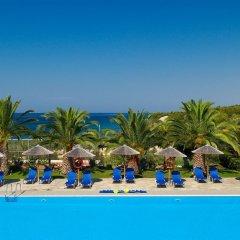 Blue Dolphin Hotel бассейн фото 3