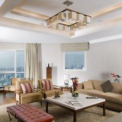 Отель Grand Millennium Al Wahda комната для гостей