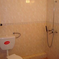 Lazur Hotel Равда ванная
