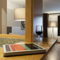 Апартаменты Aspasios Plaza Real Apartments в номере