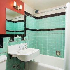 Отель Golden Gate Casino Hotel США, Лас-Вегас - 2 отзыва об отеле, цены и фото номеров - забронировать отель Golden Gate Casino Hotel онлайн ванная фото 2