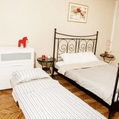 Апартаменты Funny Dolphins Apartments Kutuzovskiy комната для гостей фото 2