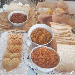 Отель Beach Haven Guest House (Mrs Wijenayake's Guest House) питание