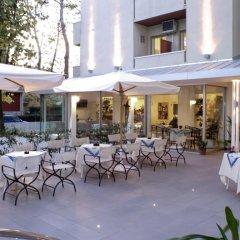 Отель Nives Италия, Риччоне - отзывы, цены и фото номеров - забронировать отель Nives онлайн бассейн