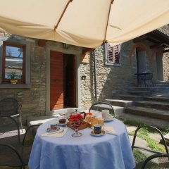 Отель Elegant Farmhouse in Campriano With Swimming Pool Ареццо фото 14