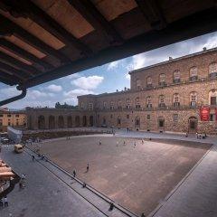 Отель Amazing View to Pitti Palace 3BD Apt парковка