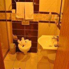Grand Atilla Hotel Турция, Аланья - 14 отзывов об отеле, цены и фото номеров - забронировать отель Grand Atilla Hotel онлайн ванная фото 2