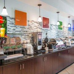 Отель Comfort Suites Tulare питание фото 2
