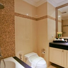 Отель Miracle Suite Таиланд, Паттайя - 1 отзыв об отеле, цены и фото номеров - забронировать отель Miracle Suite онлайн ванная
