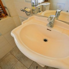 Отель Yoho Deane Residence Шри-Ланка, Коломбо - отзывы, цены и фото номеров - забронировать отель Yoho Deane Residence онлайн ванная фото 2