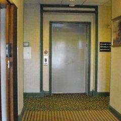 Отель Americas Best Value Inn Three Rivers интерьер отеля фото 2