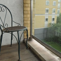 Отель 2 Bedroom Flat in Canary Wharf With Balcony Великобритания, Лондон - отзывы, цены и фото номеров - забронировать отель 2 Bedroom Flat in Canary Wharf With Balcony онлайн балкон