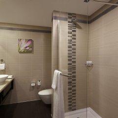 Отель Hilton Garden Inn New Delhi/Saket Индия, Нью-Дели - отзывы, цены и фото номеров - забронировать отель Hilton Garden Inn New Delhi/Saket онлайн ванная фото 2