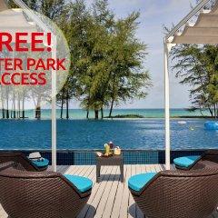 Отель Splash Beach Resort by Langham Hospitality Group пляж