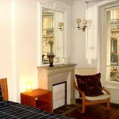 Отель Arlette La Fourche Франция, Париж - отзывы, цены и фото номеров - забронировать отель Arlette La Fourche онлайн интерьер отеля
