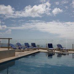 Отель Apartamentos Baia Brava Санта-Крус бассейн