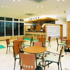 Отель Toyoko Inn Tokyo Tameike-sannou-eki Kantei-minami Япония, Токио - отзывы, цены и фото номеров - забронировать отель Toyoko Inn Tokyo Tameike-sannou-eki Kantei-minami онлайн питание