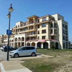 Апартаменты Lighthouse Apartments And Villas Балчик парковка