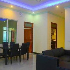 Отель Charming Holiday Lodge Мальдивы, Хулхудху (Атолл Адду) - отзывы, цены и фото номеров - забронировать отель Charming Holiday Lodge онлайн Хулхудху (Атолл Адду) помещение для мероприятий