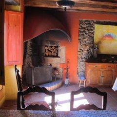 Отель Mas Can Puig de Fuirosos Сан-Селони интерьер отеля фото 3