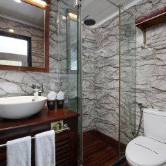 Отель Pelican Halong Cruise ванная