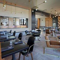 Отель Canopy By Hilton Columbus Downtown Short North гостиничный бар