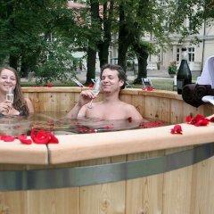 Отель Dwór Sieraków бассейн