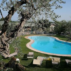 Hotel Zi Martino Кастаньето-Кардуччи бассейн
