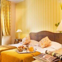 Отель Champs Elysees Friedland Париж в номере фото 2