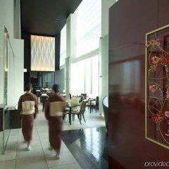 Отель Conrad Tokyo Япония, Токио - отзывы, цены и фото номеров - забронировать отель Conrad Tokyo онлайн интерьер отеля фото 3