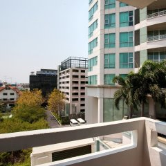Отель Nida Rooms Narathivas 2888 Residence At Living Nara Place Бангкок балкон