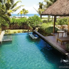 Отель Shanti Maurice Resort & Spa бассейн фото 3