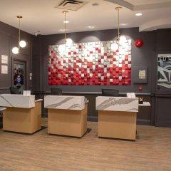 Отель Ramada by Wyndham Vancouver Downtown Канада, Ванкувер - отзывы, цены и фото номеров - забронировать отель Ramada by Wyndham Vancouver Downtown онлайн интерьер отеля фото 2