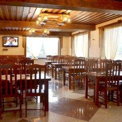 Гостиница Вилла Леку Украина, Буковель - отзывы, цены и фото номеров - забронировать гостиницу Вилла Леку онлайн питание фото 2