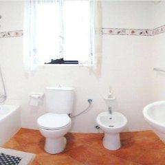 Отель Blue Holiday Gozo Мальта, Зеббудж - отзывы, цены и фото номеров - забронировать отель Blue Holiday Gozo онлайн ванная
