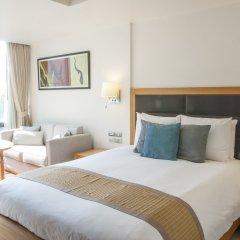 Отель Oakwood Residence Sukhumvit 24 Бангкок комната для гостей фото 5