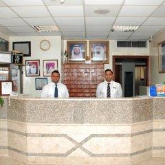 Отель Al Buhaira Hotel Apartments ОАЭ, Шарджа - отзывы, цены и фото номеров - забронировать отель Al Buhaira Hotel Apartments онлайн интерьер отеля фото 3
