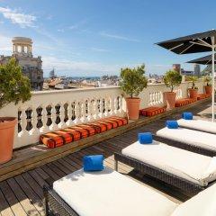 Отель H10 Montcada Boutique Hotel Испания, Барселона - 1 отзыв об отеле, цены и фото номеров - забронировать отель H10 Montcada Boutique Hotel онлайн бассейн фото 2