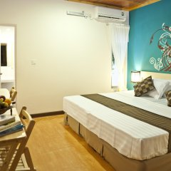Отель Stingray Beach Inn комната для гостей