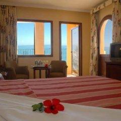 Hotel IPV Palace & Spa сейф в номере