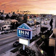 Отель Hollywood Inn Express South США, Лос-Анджелес - отзывы, цены и фото номеров - забронировать отель Hollywood Inn Express South онлайн балкон