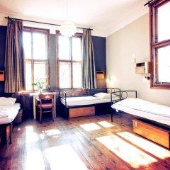 Отель Sir Tobys Hostel Чехия, Прага - 1 отзыв об отеле, цены и фото номеров - забронировать отель Sir Tobys Hostel онлайн комната для гостей