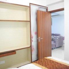 Апартаменты Shenzhen Xin Phoenix Gang Ao 8 Apartment сейф в номере