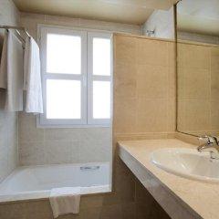 Отель ILUNION Fuengirola Испания, Фуэнхирола - отзывы, цены и фото номеров - забронировать отель ILUNION Fuengirola онлайн ванная фото 2