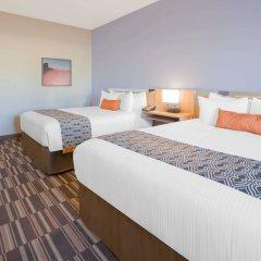 Отель Microtel Inn & Suites by Wyndham Cuauhtemoc комната для гостей фото 3