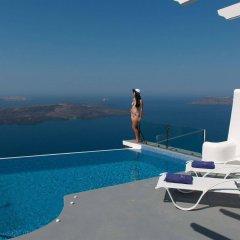 Отель Pegasus Suites & Spa Остров Санторини бассейн