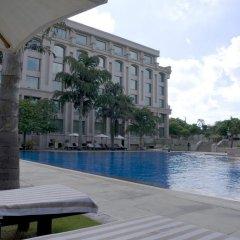 Отель Grand New Delhi Нью-Дели бассейн фото 2